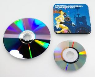 Стандартного размера диск, мини диск и digipack для мини диска