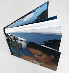 Digibook CD формата с объемным текстовым блоком.