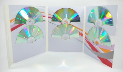 Диджифайл DVD формата на 6 дисков. Крепление дисков в прорези.