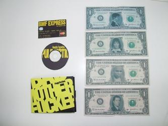 """карточки в виде банкнот с фото персонажей """"Криминального чтива"""""""
