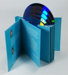 Digibook на 5 CD/DVD дисков, вид на разворот.