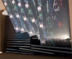 Мы производим упаковку для CD и DVD дисков.
