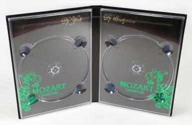 Хардбэк DVD на 2 диска, крепление дисков на трей.