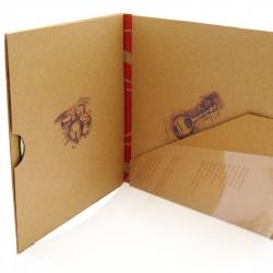 Диджислив CD формата для 1 диска, вид на разворот и карман под буклет.