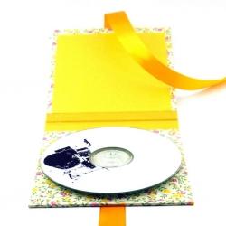 Хардбэк для 1 СД диска, вид на разворот.