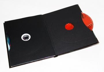 Два коверта с дисками в диджибуке