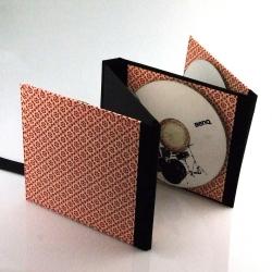 Хардбэк для 4 СД дисков, крепление дисков на пластиковый спайдер.
