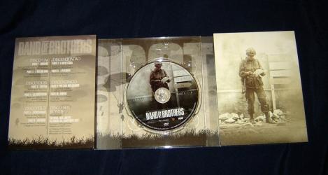 Диджипак на 6 DVD, вид изнутри