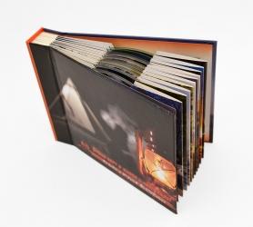 Дигибук CD для 10 дисков. Крепление дисков - в конверты сверху.